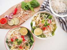 I became obsessed with Pho during my travels through Vietnam. This a delicious, easy vegan and 10 minute version of the Vietnamese noodle soup. Vegan Gluten Free, Gluten Free Recipes, Vegan Vegetarian, Vegetarian Recipes, Healthy Recipes, Vegan Food, Veggie Asian Recipes, Vietnamese Noodle, Noodle Soup