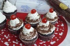 » Cupcake foresta nera Ricette di Misya - Ricetta Cupcake foresta nera di Misya