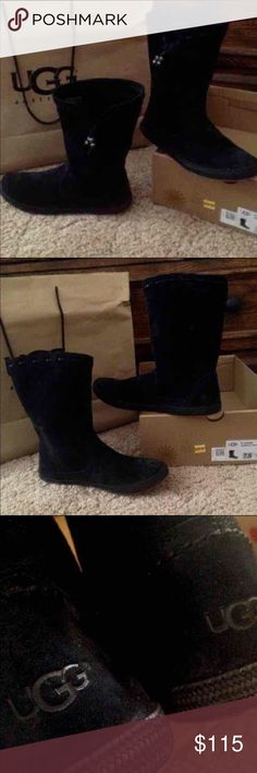 "UGG Laurin Boots New without tags! Paid $140+tax Bought because they were clearance and I thought ""I had to have them!"" Well I never wore them now they sit in my closet! Perfect for the upcoming cold months! Size 7.5 they fit true to size not like the normal ugg boots that run a size bigger  (Box not included) UGG Shoes Winter & Rain Boots"