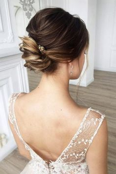 wedding updos for short hair small low bun mua hair via instagram