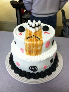 Bowling themed cake, additional view.