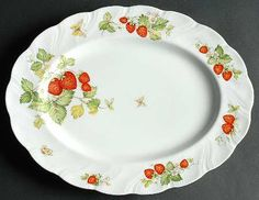 strawberry oval serving platters | ROSINA/QUEENS Virginia Strawberry STOCK