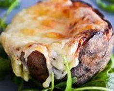 Pommes de terre farcies à la Tomme de Savoie (facile, rapide) - Une recette CuisineAZ