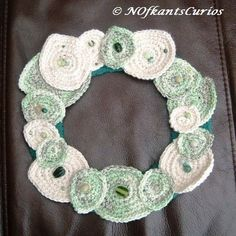 Laurel Wreath!  Crocheted and Beaded Leaf Wreath Decoration £10.00