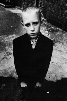 Nick Knight - Skinhead. 1982. S) Monochrome Photography, Film Photography, Street Photography, Youth Subcultures, Rude Boy, Skinhead, Youth Culture, Post Punk, Popular Culture