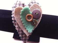 SALE - Felt & Tweed Brooch with buttons £3.00