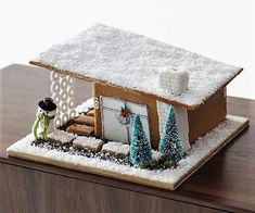 It's Christmas time and not at all too early to make a fanciful and happy candy decorated gingerbread house to decorate your home or table… Gingerbread House Designs, Gingerbread House Parties, Christmas Gingerbread House, Christmas Treats, Christmas Baking, Christmas Cookies, Gingerbread Houses, Gingerbread Decorations, Modern Christmas