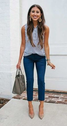 Best Casual Summer Office Outfits Stylish Business Casual Outfits # Casual Outfits oficina plus size Summer Office Outfits, Summer Business Casual Outfits, Business Outfit, Summer Dress Outfits, Casual Work Outfits, Spring Outfits, Casual Summer, Late Summer, Cute Business Casual