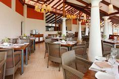 5 Star Holiday Inn Resort, Goa