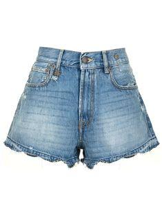 Estilo Shorts Jeans, Denim Shorts Style, Distressed Denim Shorts, Jean Shorts, Short Jeans, Cotton Logo, Boutique, Patch, Thighs