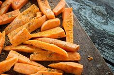 Believe it or not, you can have your fries and eat them, too. Sweet potato fries, that is! When you swap out white potatoes for sweet potatoes, you add a. Healthy Vegan Snacks, Healthy Eating, Healthy Recipes, Paleo, Healthy Fries, Clean Eating, Yummy Recipes, Keto, Making Sweet Potato Fries