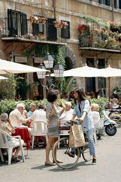 Italian Cafe, Italian Street, Italian Diet, Italian Recipes, European Summer, Italian Summer, Summer Aesthetic, Travel Aesthetic, Italian Lifestyle