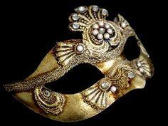 Colombina Craquele Lady Masquerade Mask - gold