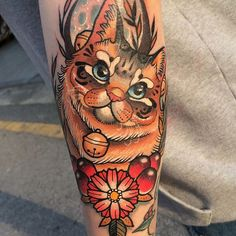 Animal Tattoos For Men, Tattoos For Guys, Cool Tattoos, Luna Tattoo, Cat Tattoo, Gorgeous Tattoos, Neo Traditional Tattoo, Nature Tattoos, Tattoo Inspiration