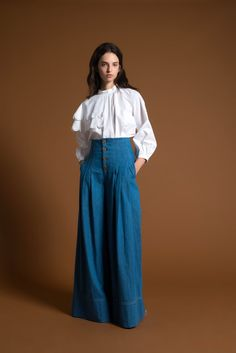 It was Sea's urban, boho vibe that hooked us several seasons ago. Since then, the New York based label has evolved - just as we have, with a more polished, feminine sensibility. Monica Paolini and Sean Monahan's resort collection is an example of their sea change. Denim is tailored and crisp,