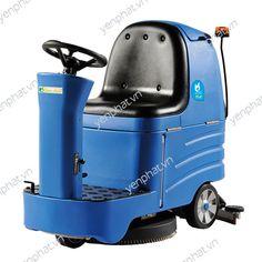 Máy chà sàn Clean Maid ngồi lại giúp tiết kiệm công sức và đảm bảo an toàn cho người lao động trong quá trình sử sụng máy để vệ sinh mặt sàn