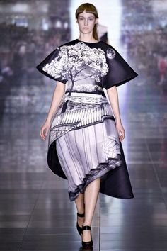#marykatrantzou #fashion #designers #prints #london