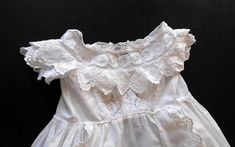 Welcome to ~FRENCH VINTAGE LINENS AND ANTIQUES~ ~~~~~~~~~~~~~~~~~~~~~~~~~~~~~~~~~~~~~~~~~~~~~~~~~~~~ ~Victorian English Christening Gown This is a very lovely and Classic English Victorian gown that just needs some TLC... This gown dates from the turn of the last century from