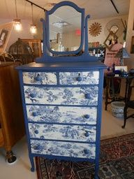 How To Decoupage Furniture | Painted and Decoupaged Furniture