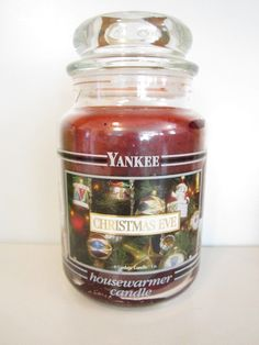 Yankee Candle Christmas Eve very old black band jar. This is an extremely old label of this scent! Absolutely beautiful label.