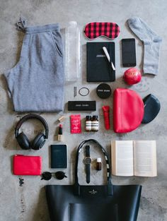 Most people dread long haul travel. And I admit, I used to as well. I mean, getting onto a plane with 8698234 people and staying that way for hours is a pretty good reason to start sweating. Travel Bag Essentials, Travel Tips, Travel Hacks, Travel Packing, Make An Effort, Long Haul, Little Bag, On Shoes, How To Look Better