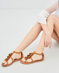 Buddha, Walking, Sandals, Shopping, Shoes, Products, Fashion, Moda, Shoes Sandals