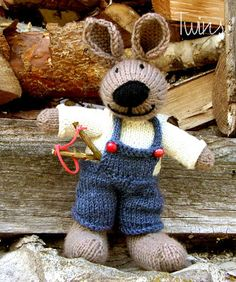 What a sweet surprise this little fellow would be peeking out of an Easter basket. Found on Twins' Knitting Pattern MiniShop: Little Hare Boy (in English) this pattern is only $5. It is for Advanced Knitters. He stands 9.5 inches tall.