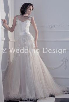 ZWEDDING Bourdior | #zwedding #designergowns #designers #fashion #couture #wedding #bridalgowns #bridal #zweddingsg #zweddingsingapore #singapore #weddinggowns #gowns #weddingdress