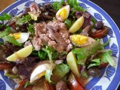 A real classic: Salade nicoise with tuna, green beans and lots of healthy, yummy stuff