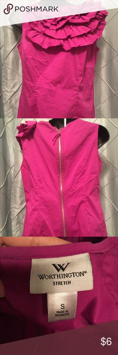 """S Worthington Pink blouse This is a small Worthington pink blouse. I'm normally a size XS/S (5'6"""" 105 lbs) and this fits me big. Probably more of a medium. If you have any questions please feel free to leave a comment. Happy Poshing 🤗 Worthington Tops Blouses"""