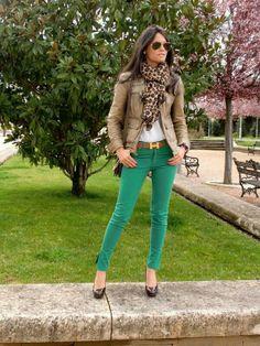 Emerald skinny jeans, blazer and a scarf.  Women's street style fashion