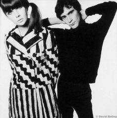 chrissie shrimpton (sister of jean shrimpton) photographed with english fashion designer ossie clark by david bailey, Chrissie Shrimpton, Jean Shrimpton, 60s And 70s Fashion, Mod Fashion, Vintage Fashion, Fashion Pics, White Fashion, David Bailey Photography, Celia Birtwell