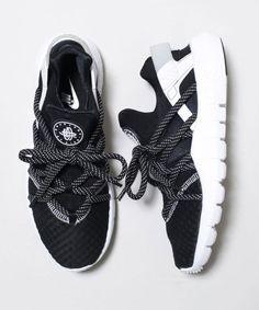 Chaussures || Nike HuaracheAir