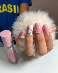 43 Unique Spring And Summer Nails Color Ideas That You Must Try 57 Love Nails, Pink Nails, Gel Nails, Pedicure Nail Art, Manicure And Pedicure, Kathy Nails, Minimalist Nails, Cute Acrylic Nails, Fabulous Nails