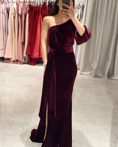 One shoulder velvet gown - perfect for formals, mother of the bride/groom and wedding guests Wine Bridesmaid Dresses, White Runway, Velvet Gown, Mother Of The Bride, Bride Groom, One Shoulder, Gowns, Formal Dresses, Wedding