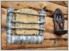 Rustic suet feeder from My Country Blog of This and That.  How cute is this??