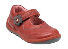 Fir casual leather girls shoes with rip-tape fastening for adjustability and a comfortable fit