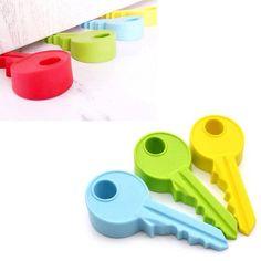 Portas batendo nunca mais. Essa é a chave que faltava na sua casa. :)  Disponível em nosso site: www.ivyshop.com.br  #aparador #porta #casa #decoração #enxoval #chave #peso #travaporta #comprinhas #mimos #criativos #presentes