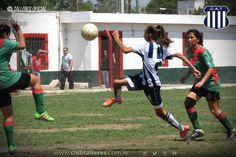 El Fútbol Femenino de Talleres sigue sumando triunfos El equipo...  El Fútbol Femenino de Talleres sigue sumando triunfos  El equipo Femenino de Talleres venció a Argentino Peñarol por 2 a 0 en el Trampero de Argüello. El cotejo perteneció a la decimoséptima fecha de la Fase Clasificatoria del Torneo Oficial de la Liga Cordobesa.  En la primera etapa tanto el Albiazul como el local compartieron el dominio del balón y ambos tuvieron chances de ponerse al frente en el marcador a través de…