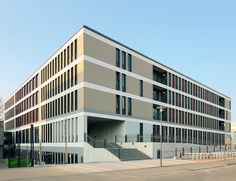 DLW Linoleum References - University Hospital in Leipzig - Armstrong