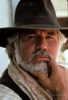 Kenny Rogers never gambles with sun protection.