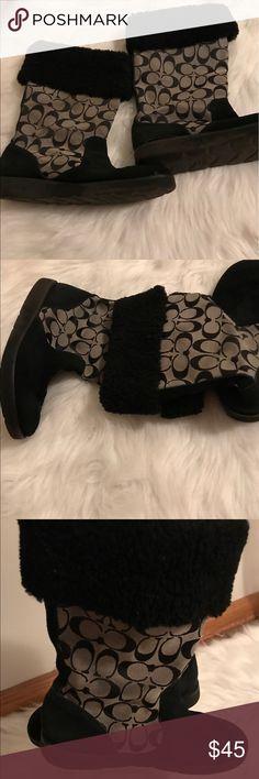 Ladies coach signature boots size 8.5 Good shape ladies coach boots size 8.5. Cute and stylish Coach Shoes Winter & Rain Boots