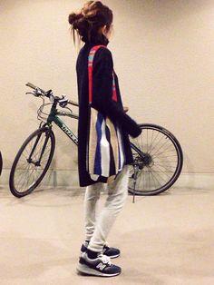 UNIQLOのパンツを使ったmayumiさんのコーディネートです。│ニット…ZARAバッグ…ローレンスエラ...