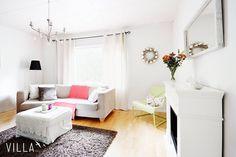 Hyvää huomenta elokuu 😄 Pian alkaa olla lomat lusittu ja voidaan taas täysillä hieroa asuntokaupaa 🖒kuten tästä kuvan kodista 😘 osoitteessa ➡ Savikonkatu 1, Rautaharkko 👉www.villalkv.fi 👈 (paikassa VILLA LKV)
