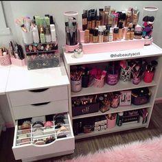 Makeup Storage In Bathroom Best Makeup Organization Ideas Rangement Makeup, Diy Rangement, Makeup Organization, Room Organization, Makeup Storage Closet, Makeup Shelves, Perfume Organization, Makeup Display, Make Up Storage