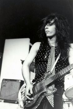 Johnny Thunders performing with the New York Dolls at the Mercer Arts Center, 1972.
