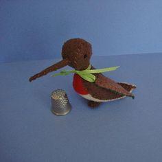 Tiny Humming Bird  Robie by BlossomHill on Etsy