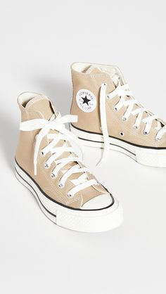 Dr Shoes, Swag Shoes, Hype Shoes, Me Too Shoes, Shoes Sneakers, Hightop Shoes, Beige Sneakers, High Top Sneakers, Mode Converse