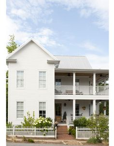 vernacular southern farmhouse
