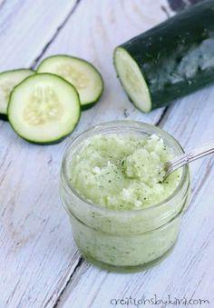 Cucumber Mint Sugar Scrub Recipe - this DIY sugar scrub makes great gifts!